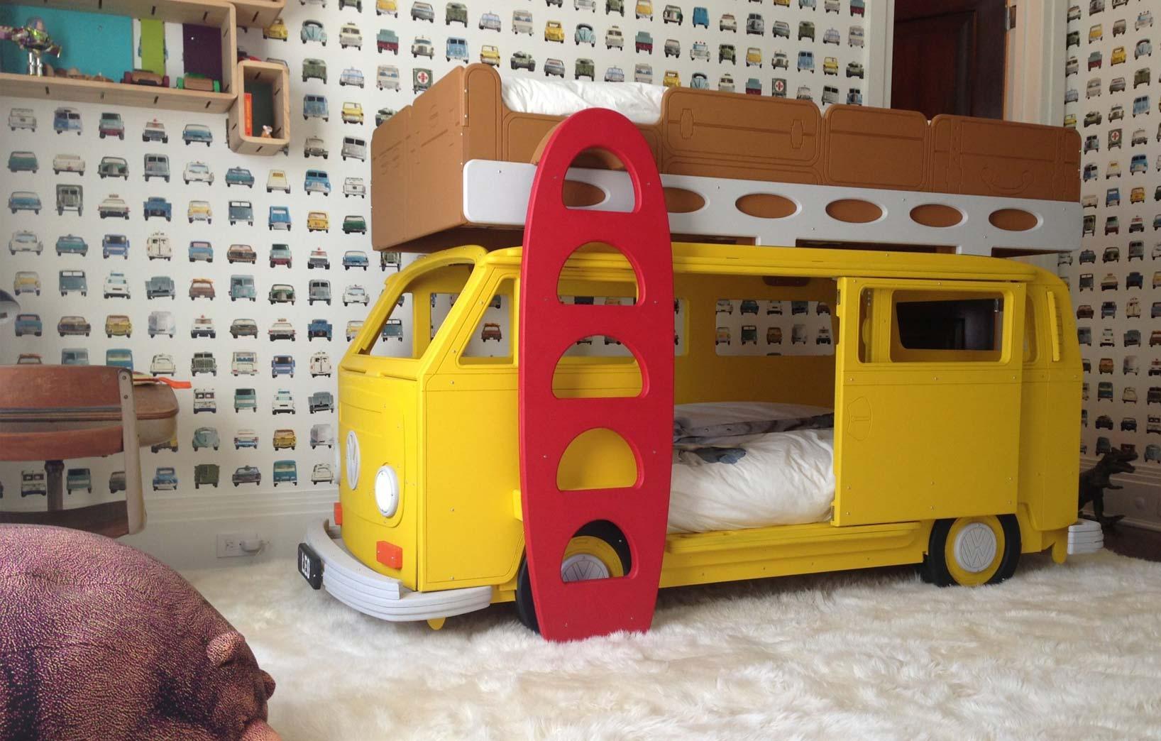 Кровать-автобус для ребёнка