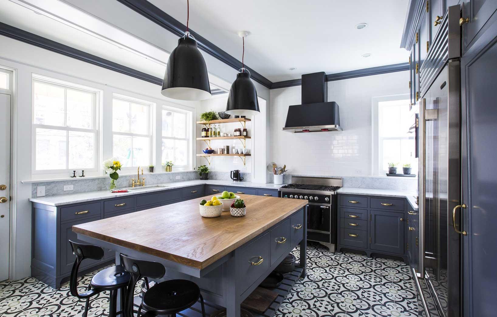 Тёмная кухня