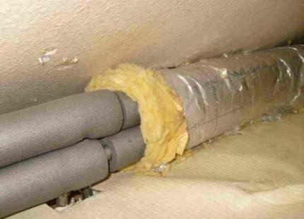 Утеплитель для труб отопления: обзор видов   примеры применения